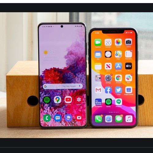So sánh màn hình của hai chiếc điện thoại